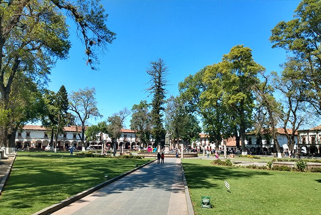 Toursenmorelia-travel-Image3_Patzcuaro_7