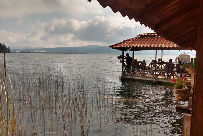 Toursenmorelia-travel-Image3_santa-clara-del-cobre-lago-de-zirahuen_5