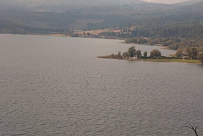 Toursenmorelia-travel-Image3_santa-clara-del-cobre-lago-de-zirahuen_6
