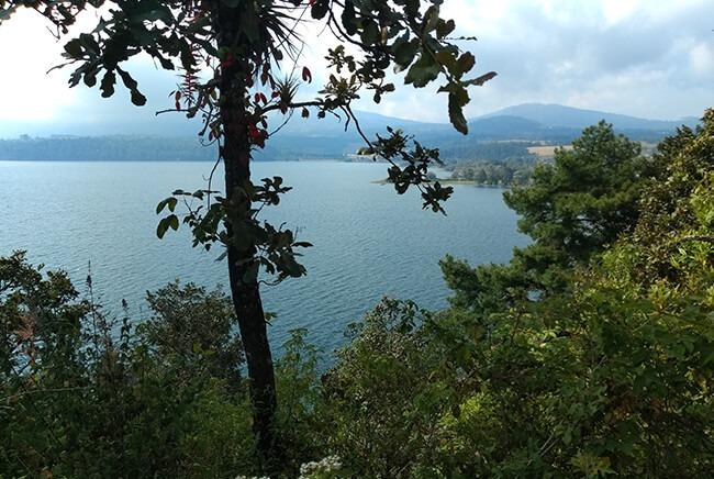 Toursenmorelia-travel-Image3_santa-clara-del-cobre-lago-de-zirahuen_8